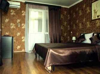 2-х комнатный номер повышенной комфортности, с балконом, с видом на горы/на море (Полулюкс) (2/4)