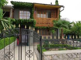 Дом в 60 метрах от моря, с видом на залив
