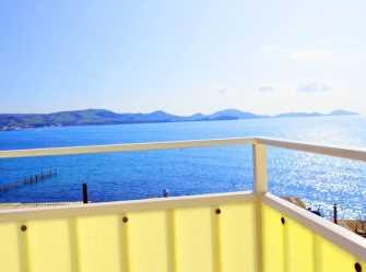 Двухкомнатный люкс балкон с видом на море