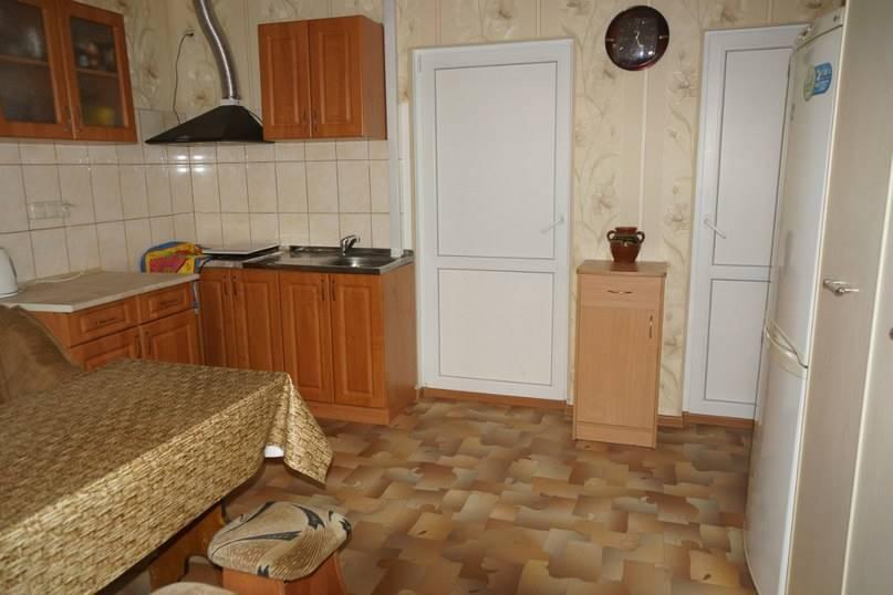 2-х комнатный домик в  10 мин от пляжа