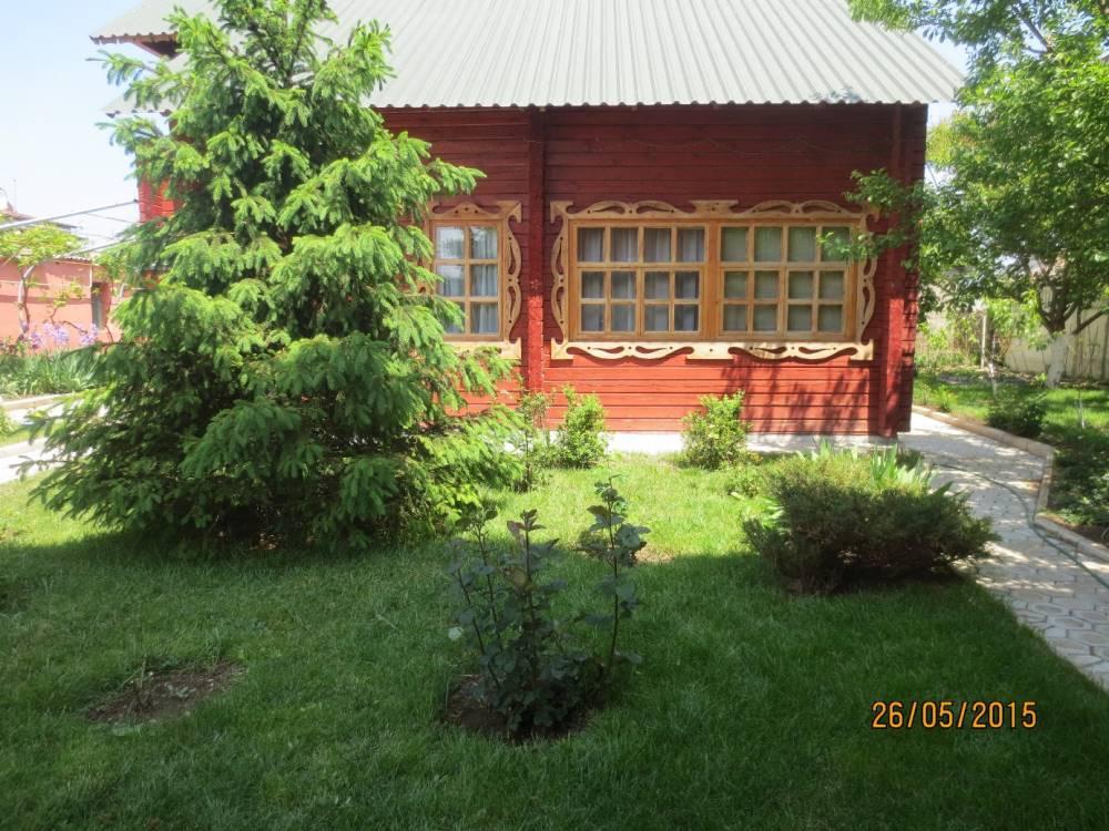Деревянный коттедж-сруб