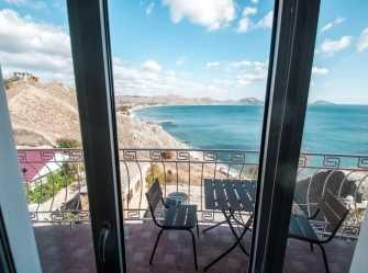 Двухместный номер делюкс с 1 кроватью балконом и видом на море