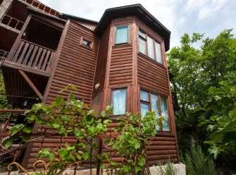 Деревянный дом на 4 номера