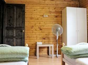 3х комнатный 2х этажный деревянный коттедж на 6 человек - Фото 3