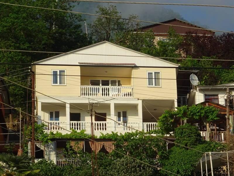 Несник мини-гостиница в Гаграх