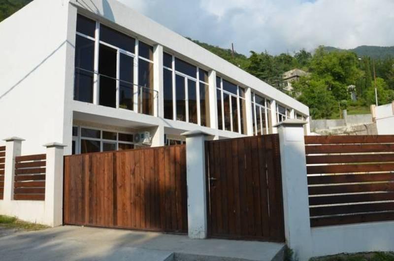 Мини-гостиница Ардзинба 91 в Гаграх