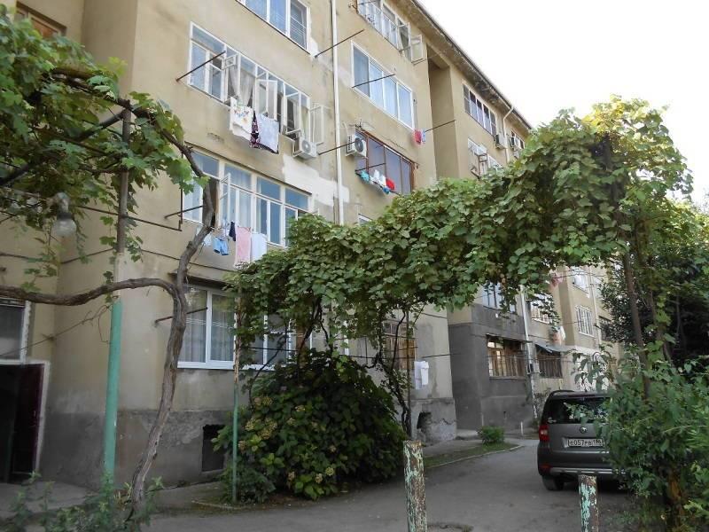 2х-комнатная квартира Абазгаа 57/2 кв 22 в Гаграх