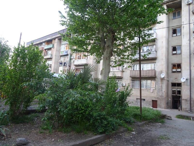 2х-комнатная квартира Абазгаа 51/3 кв 32 в Гаграх