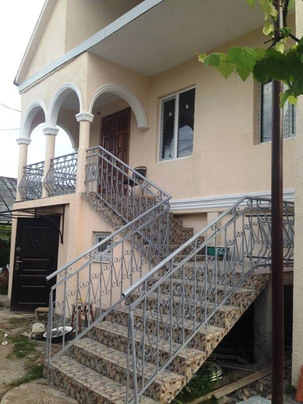Гостевой дом Смыр 16 в Гудауте
