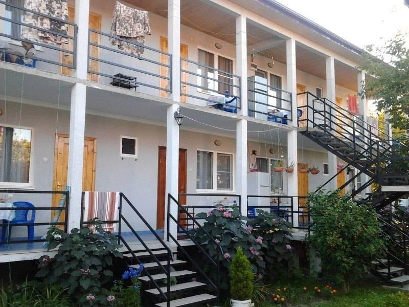На Гочуа мини-гостиница в Пицунде
