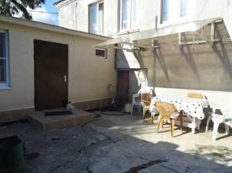 Квартира-студия на земле Инал-Ипа 60/а в Сухуме