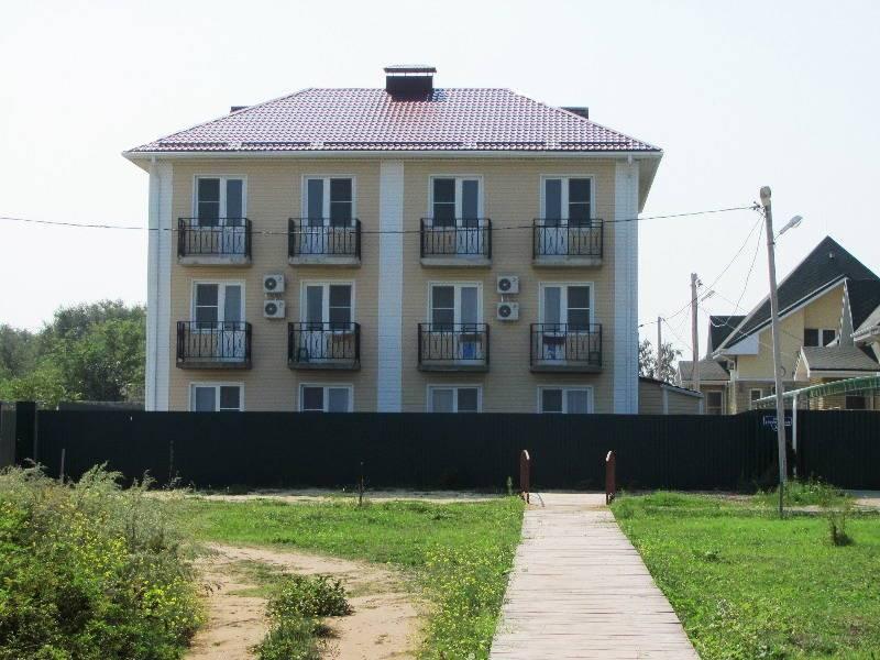 Азовская жемчужина гостевой дом в Кучугурах