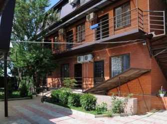 Брик Азов гостиница в Кучугурах