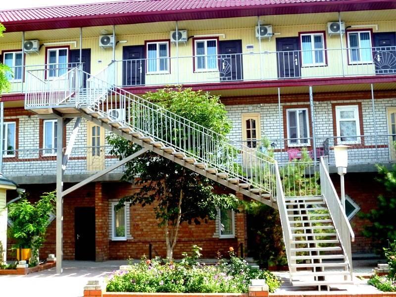 Приазовочка гостиница в Ейске