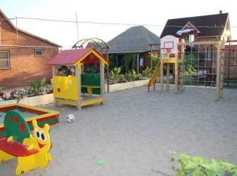 Гостинный дворик частный сектор в Должанской