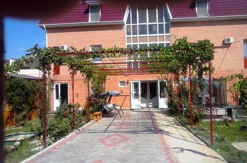 На Шембелиди мини-гостиница в Витязево