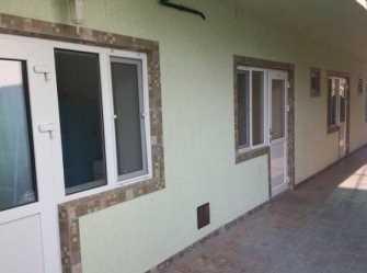На Комсомольской мини-гостиница в Витязево