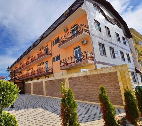 Золотой Берег гостиница в Витязево