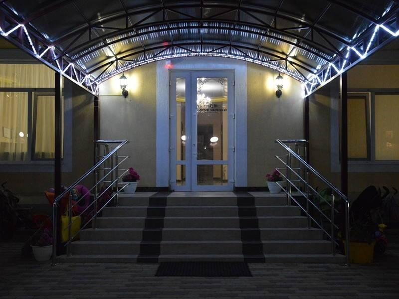 Лучезарный отель в Витязево