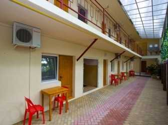 У Рузанны гостевой дом в Джемете - Фото 2