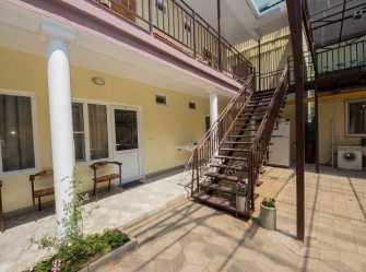 У Любаши гостевой дом в Джемете - Фото 2