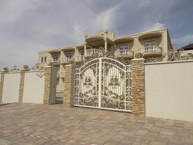 Сильвия гостиница в Сукко