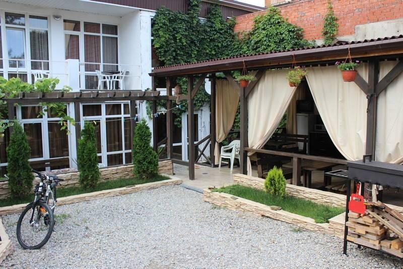 Мини-гостиница Приморская 28 в Геленджике