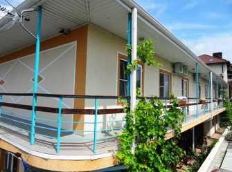 Новороссийская 18а  гостевой дом в Кабардинке