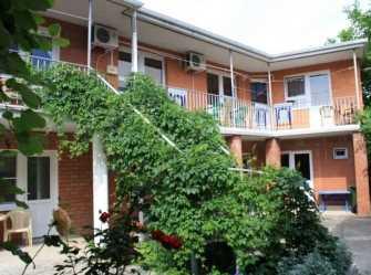 Гостеприимный двор гостевой дом в Дивноморское