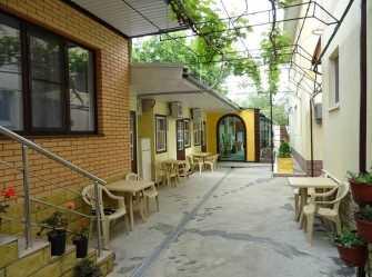 Лариса гостевой дом в Дивноморском