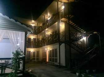 Прованс-Лоо гостиница в Лоо