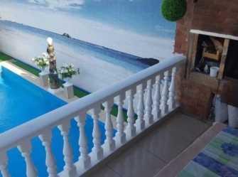 У Радика гостевой дом в Джубге