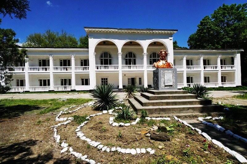 Пушкино гостевой дом в Джубге