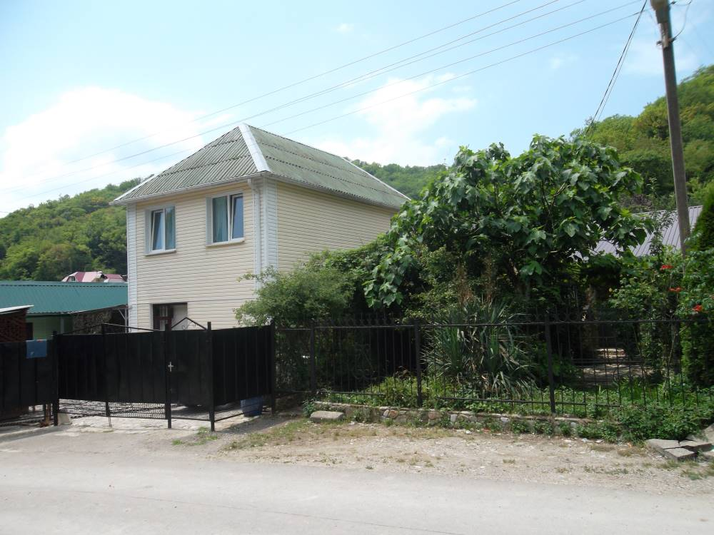 Гостевой дом на 8 номеров в поселке Небуг.