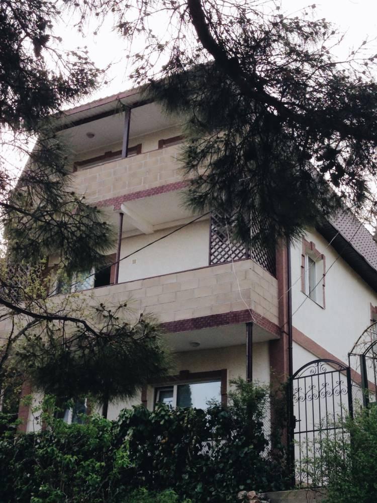 Трехэтажный дом сдается поэтажно