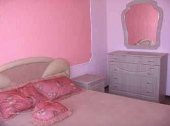 Абрикосовая комната