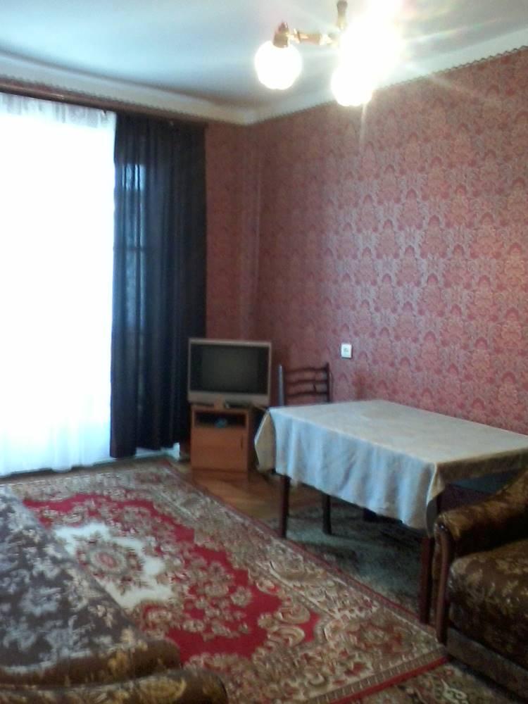 Однокомнатная квартира рядом с парком Славы