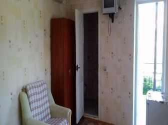 Трёхместный номер люкс с площадкой.
