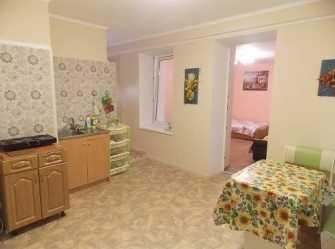 Уютная однокомнатная квартира со своим двориком в центре в 3 минутах от пляжа - Фото 3