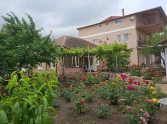 Гостевой дом с большим внутренним двориком - Фото 2