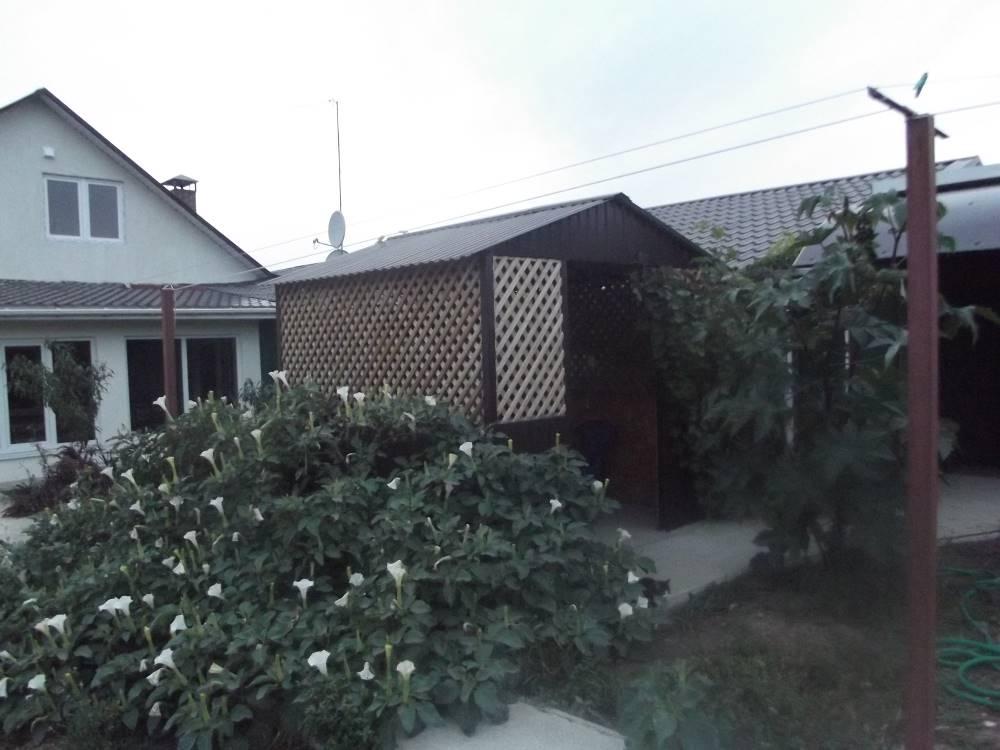 Сдам жилье в частном секторе под Севастополем для летнего отдыха
