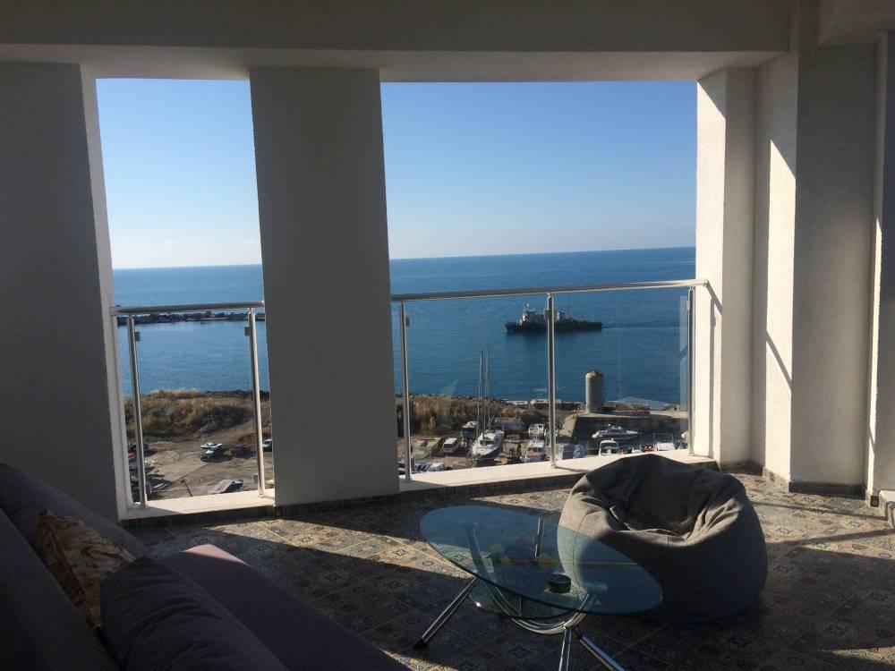 Квартира у моря с открытой терассой