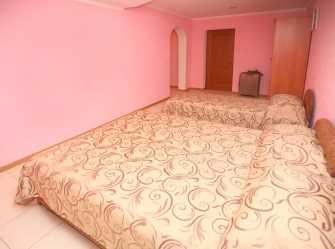 2 комнатный на 6 чел с   балконами