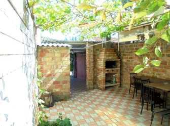 Отдельный трехкомнатный дом со своим закрытым двором и гаражом без хозяев. - Фото 3